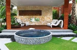 48 awesome garden hot tub designs digsdigs With whirlpool garten mit bonsai design