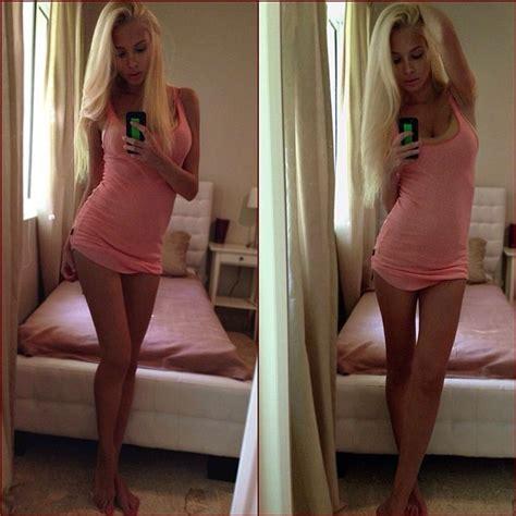 Najkrajšia žena Sveta Alena Shishkova Vyzerá Ako Barbie A