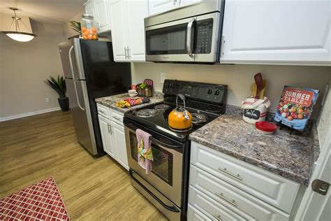 Zoes Kitchen Rock Ar Chenal by Rock Ar Apartments For Rent The Wellington At Chenal