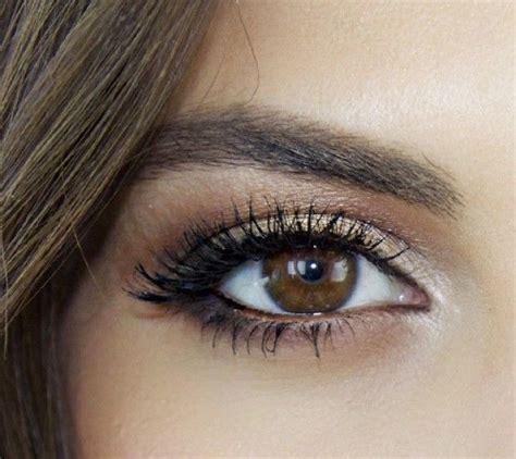 comment se maquiller les yeux comment maquiller ses yeux pour la journ 233 e cristina cordula