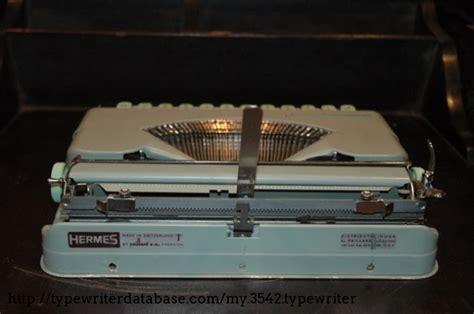 1962 Hermes Rocket on the Typewriter Database