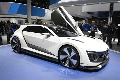 Volkswagen Golf Gte Sport Concept Gets Motor Show Debut In