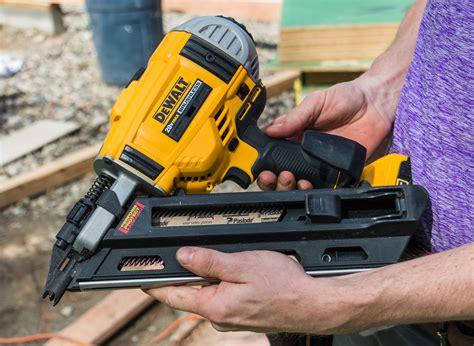 dewalt dcn cordless framing nailer tools   trade