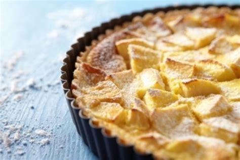 recette pate pour tarte aux pommes recette de tarte normande aux pommes facile et rapide