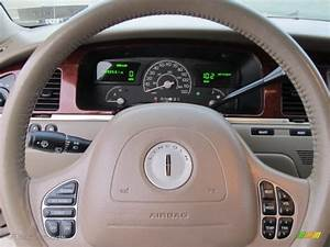 2003 Lincoln Town Car Executive Steering Wheel Photos