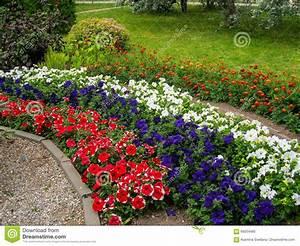 Beet Im Garten : blumenbeet swalif ~ Lizthompson.info Haus und Dekorationen