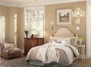Sunny Bedroom In Neutral Paint Colors