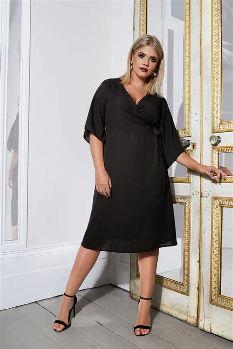Yours London  Robe Noire Portefeuille à Nouer Sur Le