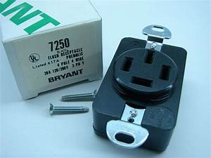 Bryant 7250 4p  4w 120  208v 20a 3 Phase Y Receptacle Outlet