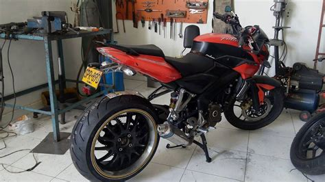 Modified Bikes Tyres bajaj pulsar 200ns modified tyre rear three quater