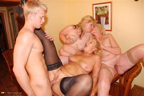 Lucky Dude Fucking And Cumshoting Three Blonde Mature Ladies