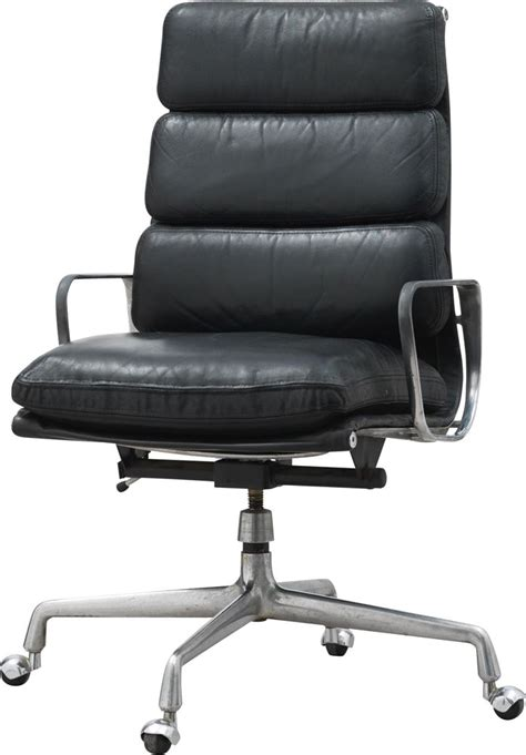 EA 219 vintage swivel and tilt armchair by Ray and Charles ...