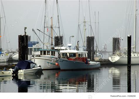 boats   fog stock photograph   featurepics