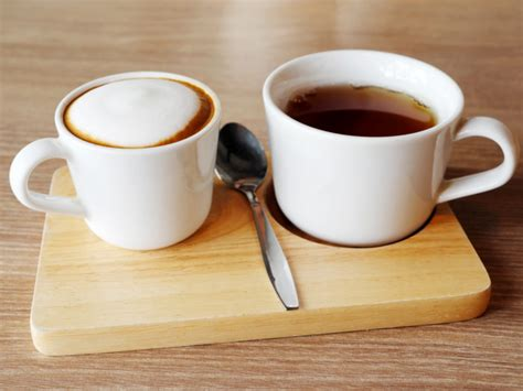 Since coffee and tea are high in antioxidants, can they replace fruits and vegetables in our diets? Coffee vs Tea: Which is Better | Organic Facts