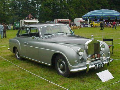 roll royce car 1950 1952 rolls royce silver dawn supercars net