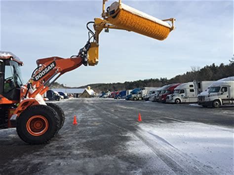tractor-trailer snow removal | Trucbrush.com
