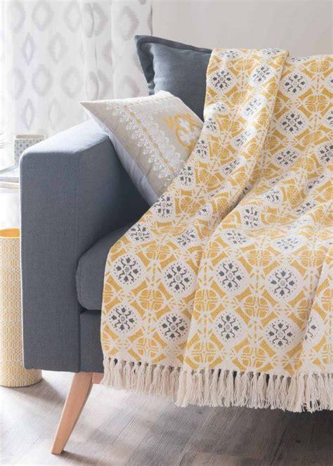 plaid canapé blanc plaid canape maison du monde swyze com