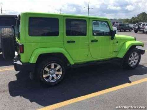 jeep wrangler unlimited sahara  lime green rare