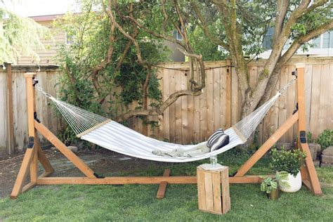 How To Make Hammocks by How To Make A Hammock Stand Diy Hammock Stand Dunn Diy