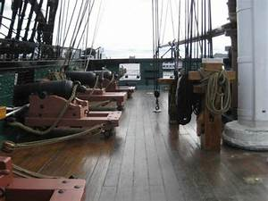 The museum and gift shop - Picture of USS Constitution ...