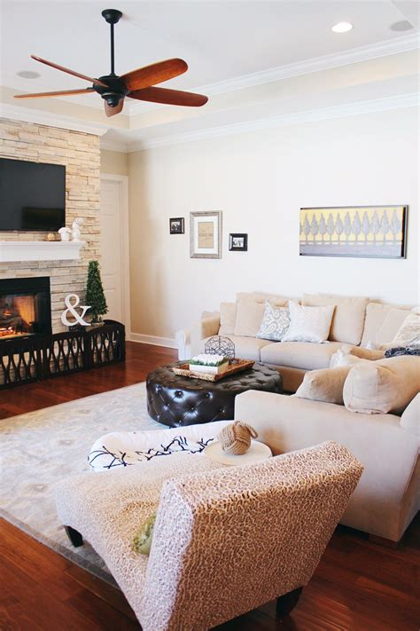 kid friendly home design  family room  happy play