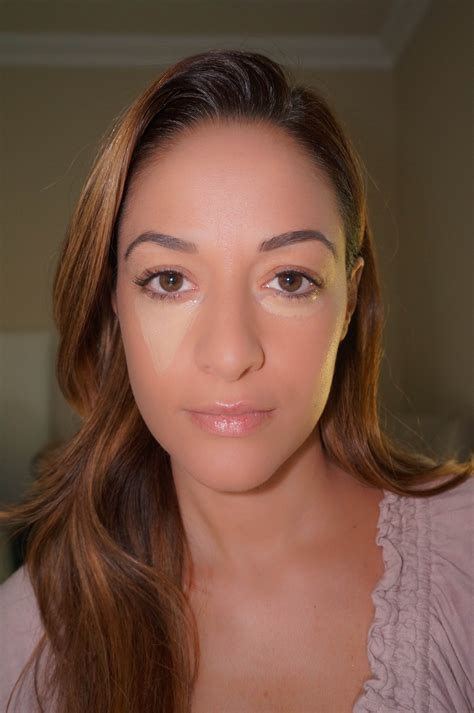 Tanning Bed Goggles by Beauty Tip Tuesday The Correct Way To Apply Concealer