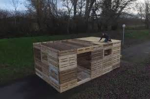 what if you could build a shelter from pallets in one day pallet ideas 1001 pallets
