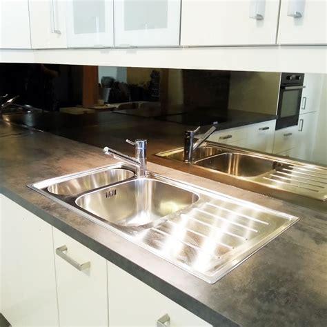 credence en miroir pour cuisine credence en miroir pour cuisine credence moderne pour cuisine maison design faites entrer le