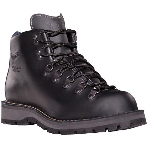light hiking shoes danner 174 light ii hiking boots black 212972 hiking