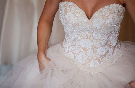 Get Ready To Design Your Own Vintage Lace Wedding Dress