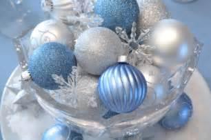 beautiful bridal christmas ornament centerpiece ideas