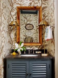 Brown, Powder, Room, With, Gold, Lamps