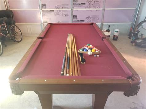 solo austin texas austin pool table  excellent condition  pool table
