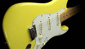 Great Guitar Sound: Guitar Wallpaper - Yellow Fender ...