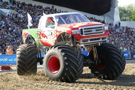 monster truck videos for wallpaper crazy monstertrucks