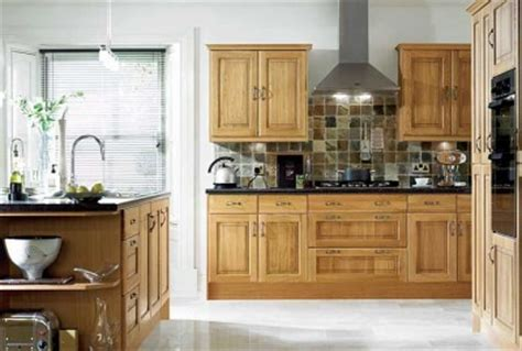 what color wood floor goes with oak cabinets ask maria how to coordinate finishes with oak cabinets