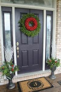 Christmas Front Porch Ideas on Pinterest