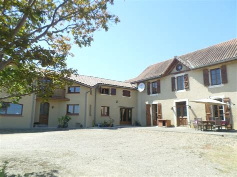 maison 224 vendre en aquitaine pyrenees atlantiques lembeye vaste corps de ferme r 233 nov 233 avec