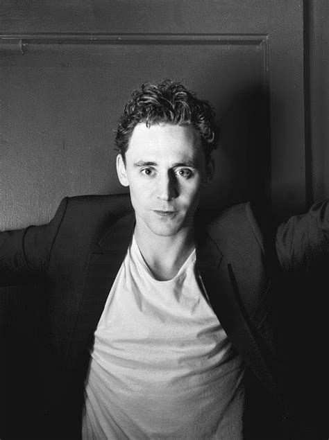 Beautiful Tom Hiddleston Picture by 17 Best Images About Tom S Capsule Wardrobe On