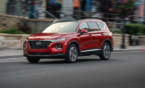 2019 Hyundai Santa Fe Delivers Practical Virtues