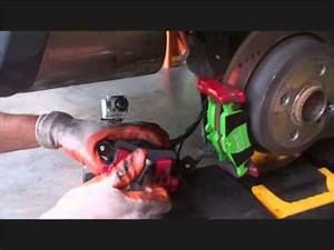 Mini Cooper Break : mini cooper changing brake pads gopro plus fliphd youtube ~ Maxctalentgroup.com Avis de Voitures