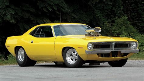 Plymouth barracuda hot rod tuning yellow classic muscle
