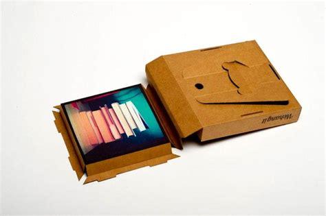 Cornici Di Cartone Per Foto Tonki La Cornice In Cartone Con La Foto Dentro Design