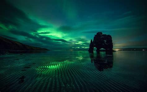 3840x2400 Aurora Borealis Green Reflection 4k Hd 4k