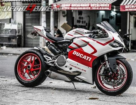 Get Over 200+ Bike & Car Repair Services At Your