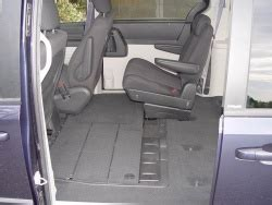Vehicles With Stow And Go Seating by Test Drive 2008 Dodge Caravan Sxt With Stow N Go Seats