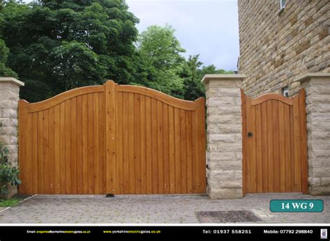 pictures of wooden gates wooden gates yorkshire electric gates