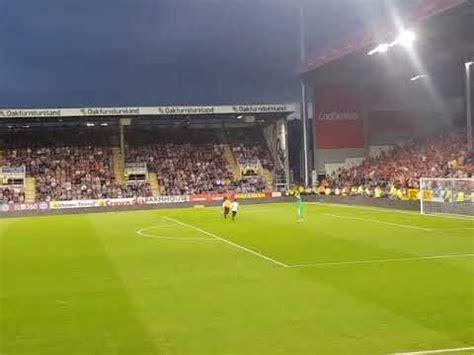 Burnley vs Aberdeen Pitch invader - YouTube