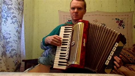 Sen tas bij' akordeons - YouTube