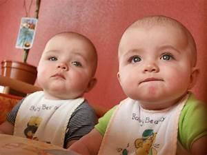 Baby Twins Cute Wallpaper 9 | HD Wallpapers | Pinterest ...